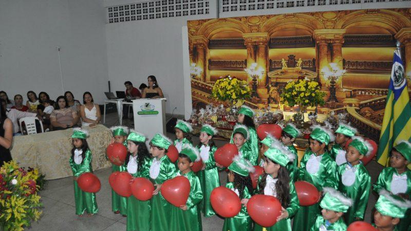 Rede Municipal de Ensino realiza Formatura do Jardim II